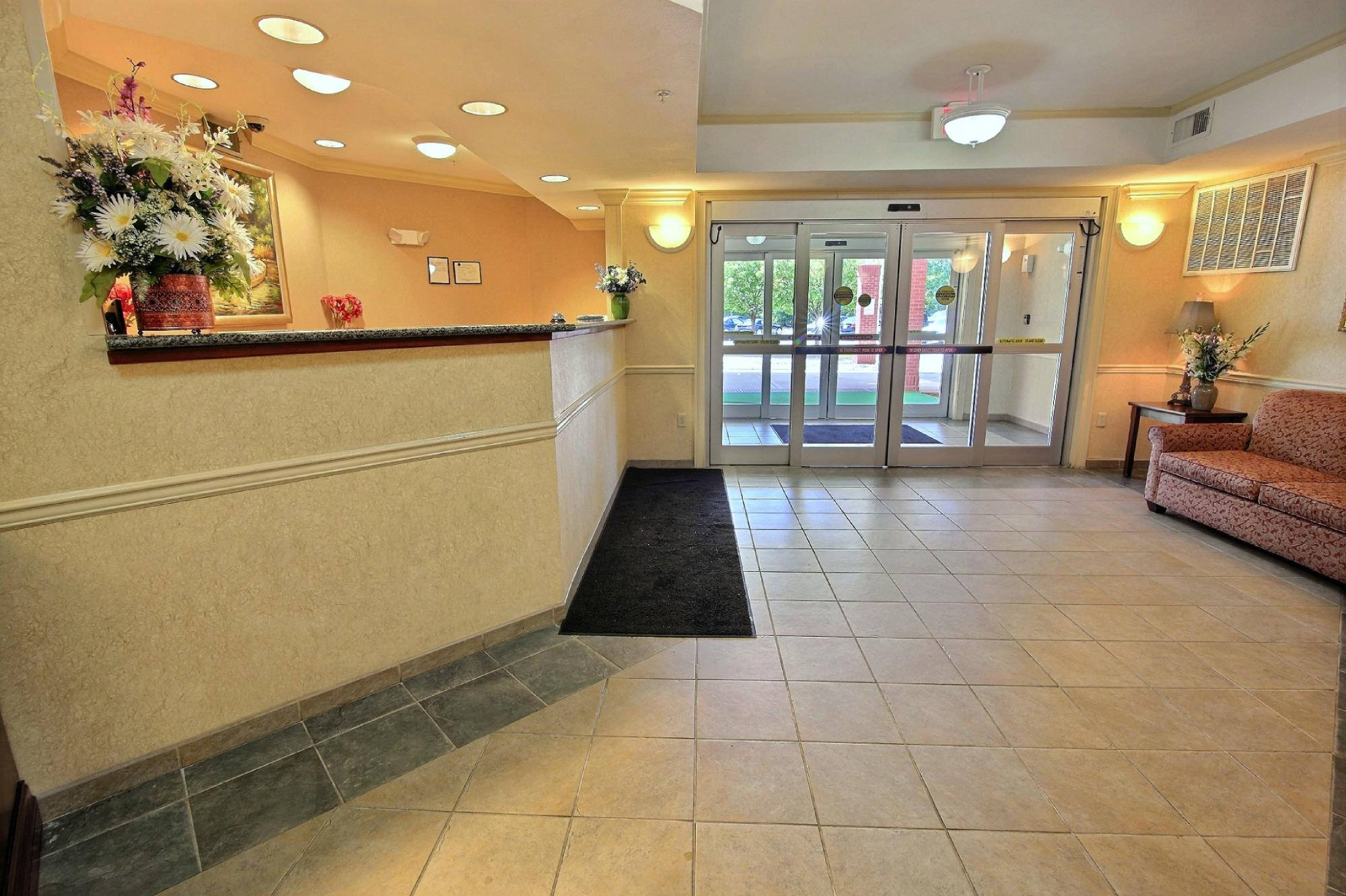 Crestwood Suites Newport News