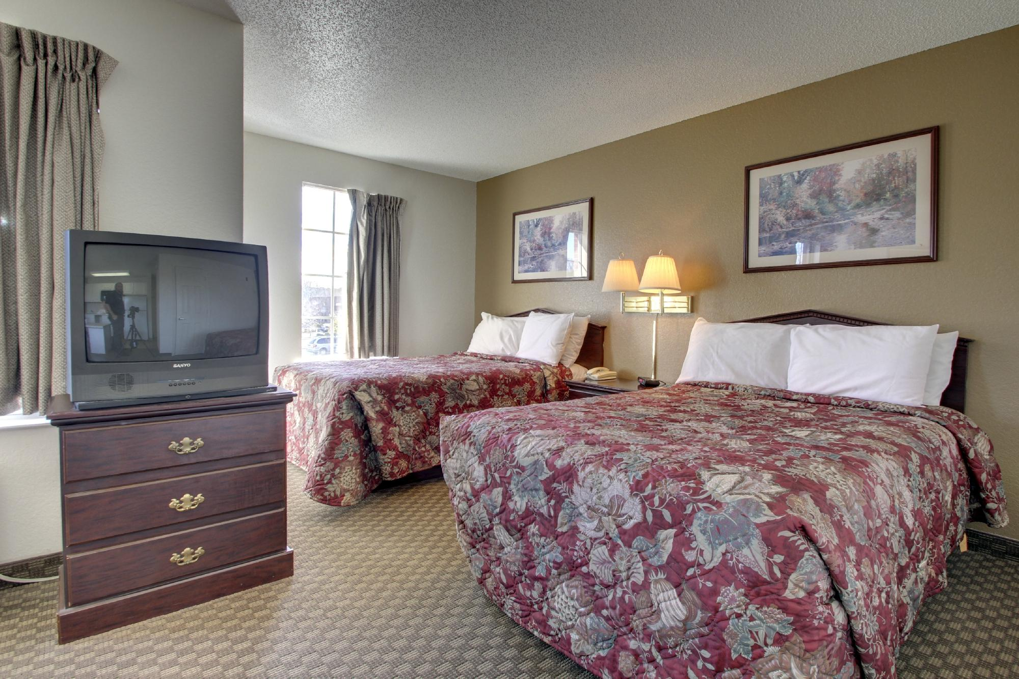 Crestwood Suites of Greensboro Airport