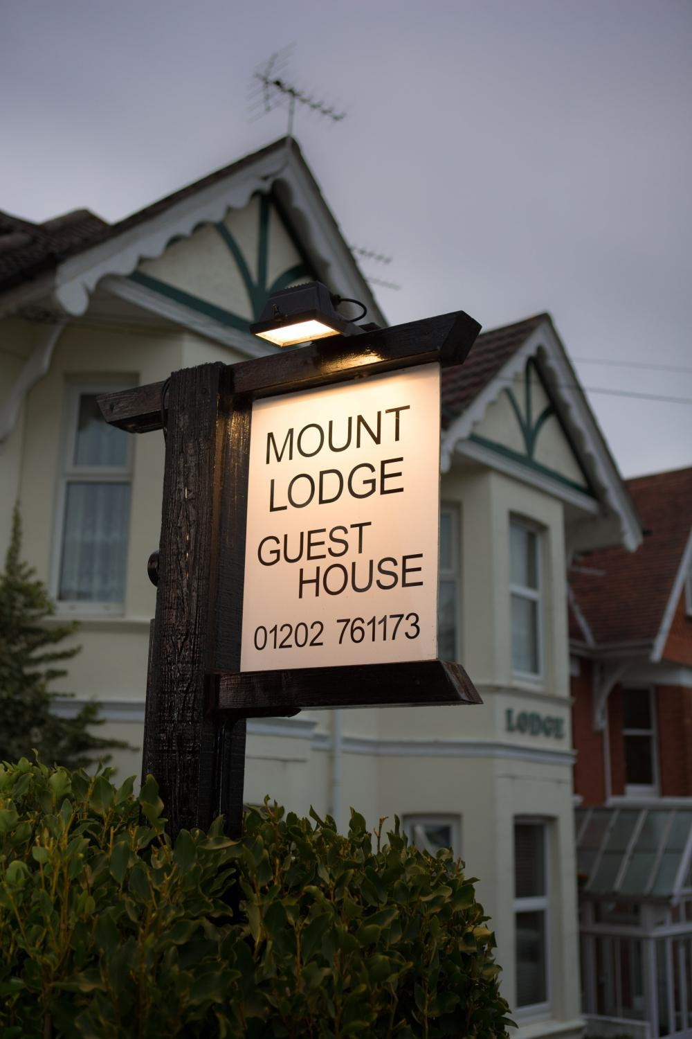 Mount Lodge