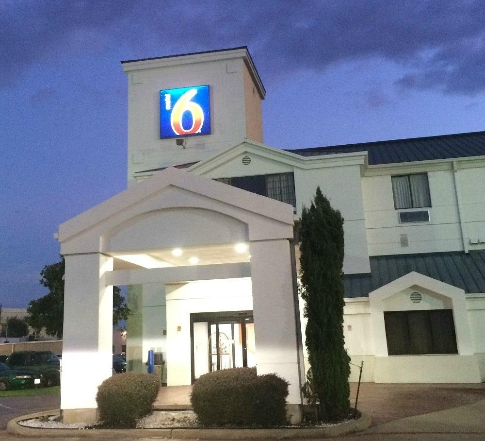 Motel 6 Houston - Katy