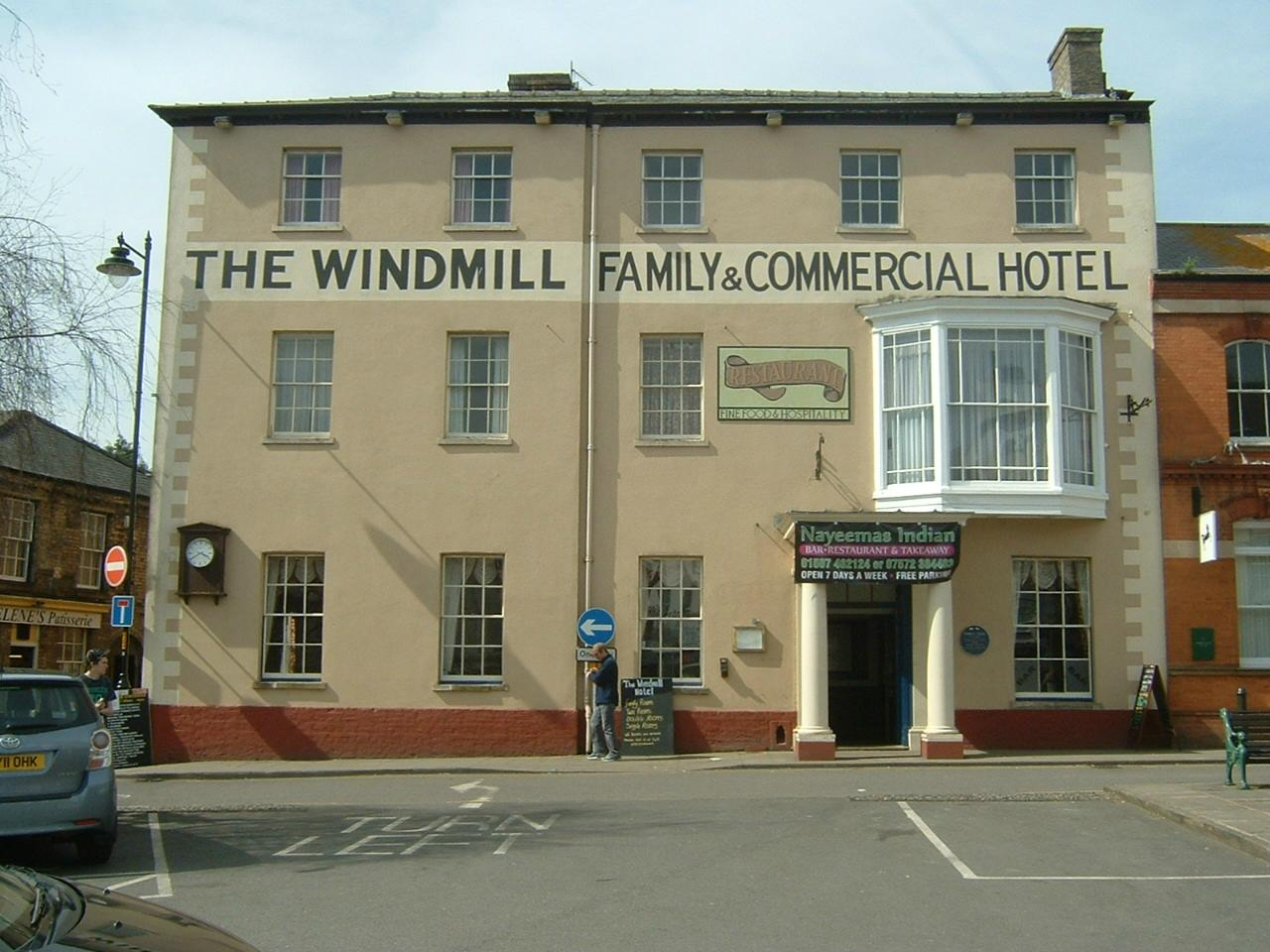 The Windmill Family & Commercial Hotel