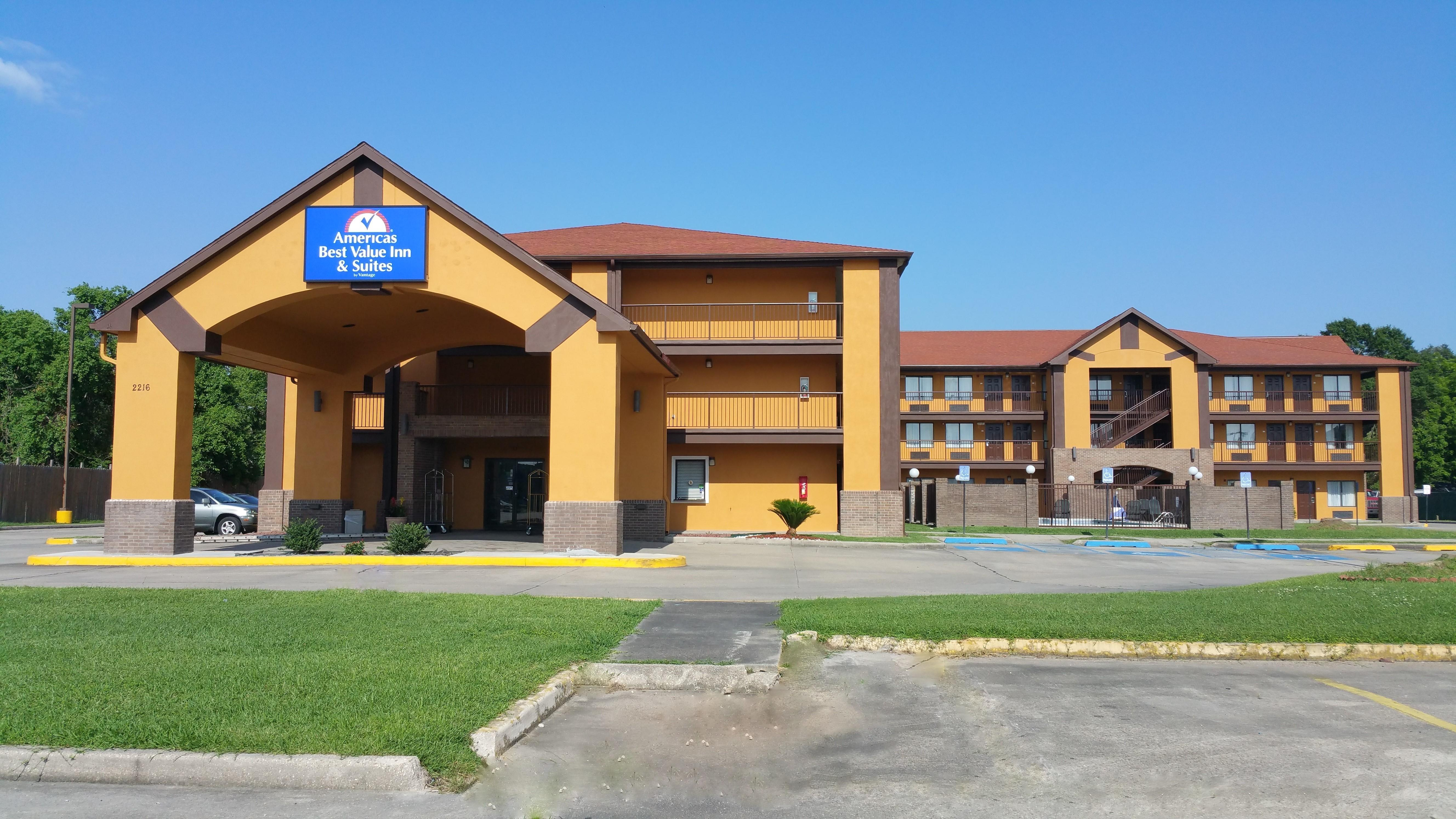 Americas Best Value Inn & Suites - Lafayette North/I-10