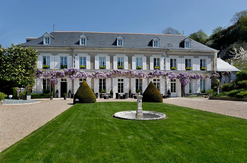 Charming Hotel At Base Of Amboise Chateau Review Of