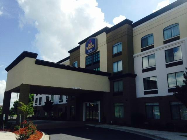 ‪BEST WESTERN PLUS North Savannah‬