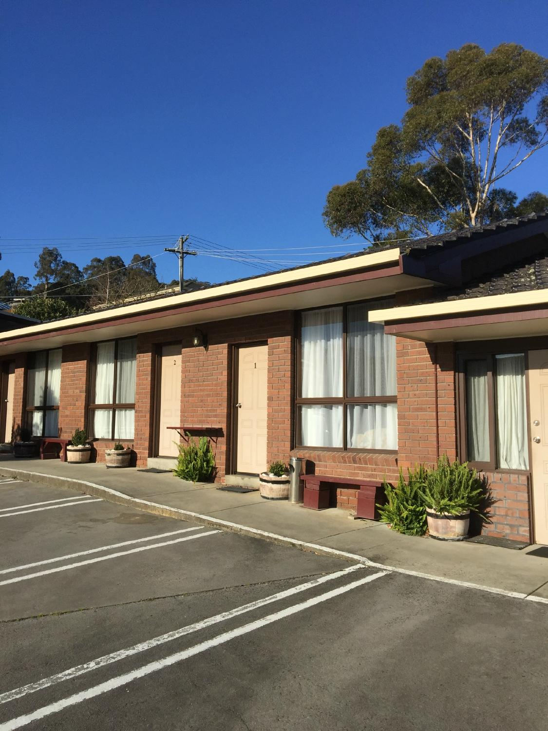 Golden Chain Lilydale Motor Inn