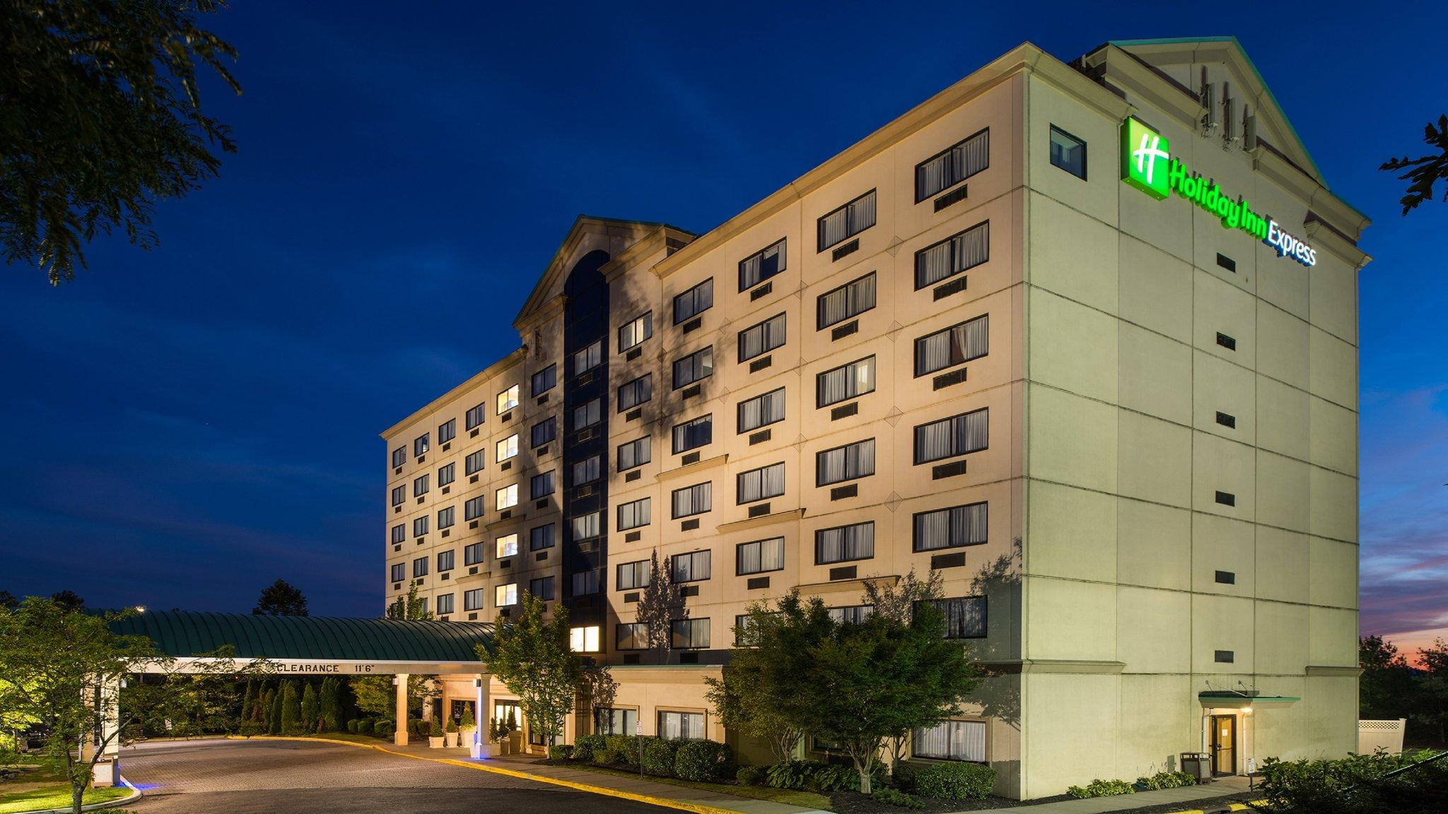 Holiday Inn Express Hauppauge