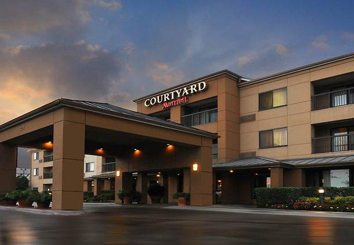 ‪Courtyard by Marriott Fort Worth Fossil Creek‬