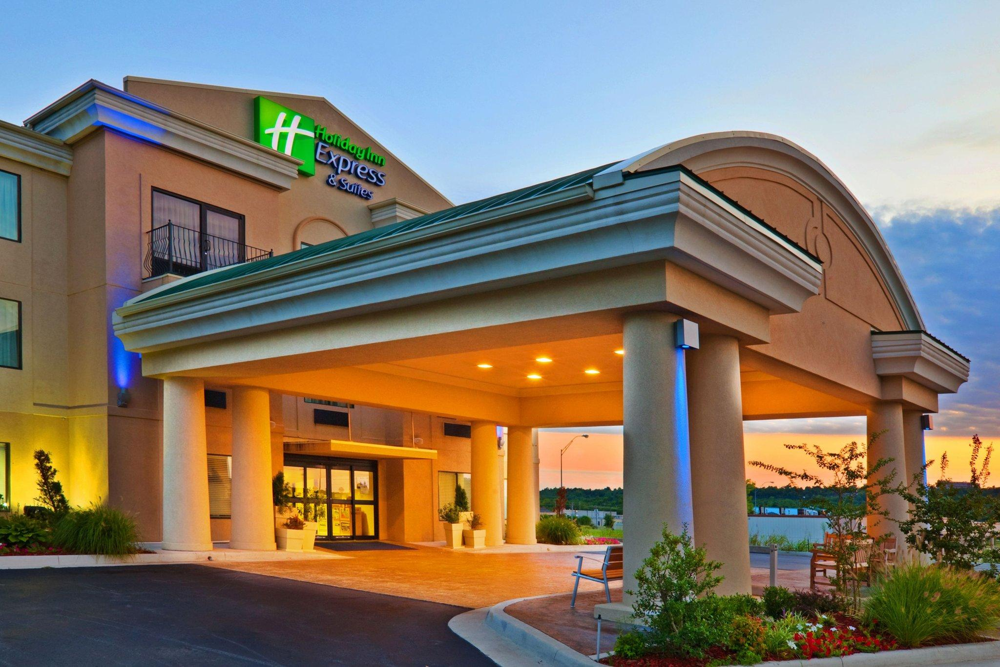 Holiday Inn Express Hotel & Suites Muskogee