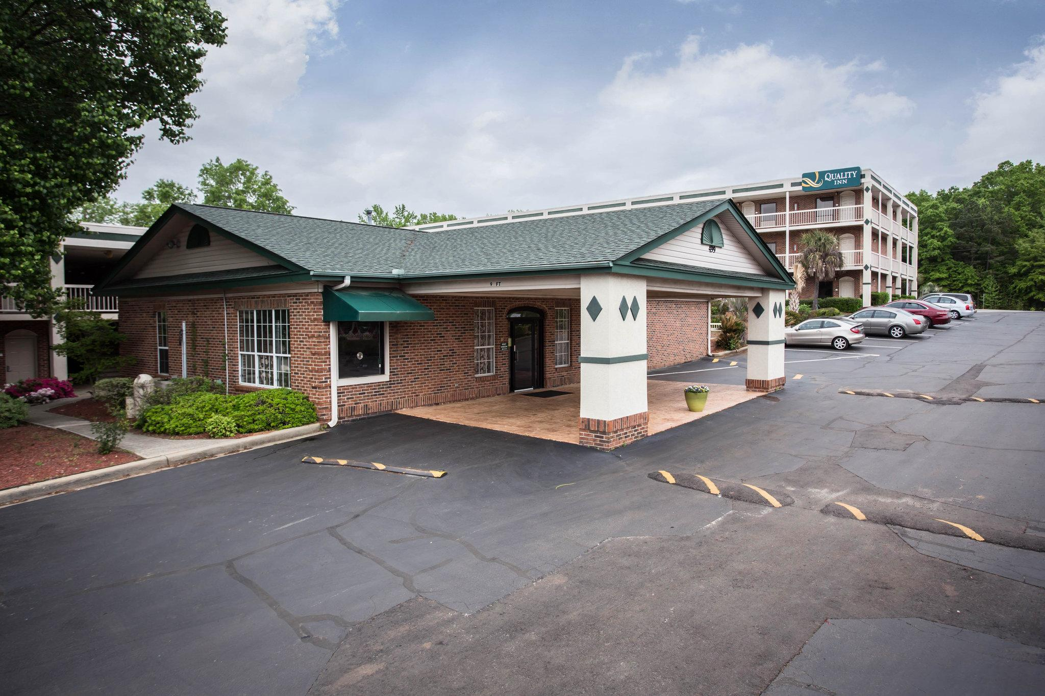 Quality Inn Northwest / Harbison