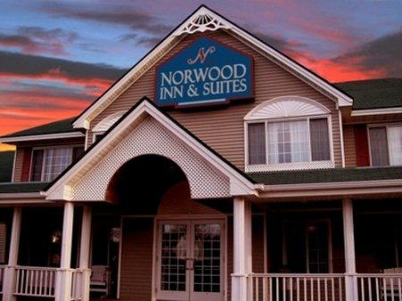 Norwood Inn & Suites