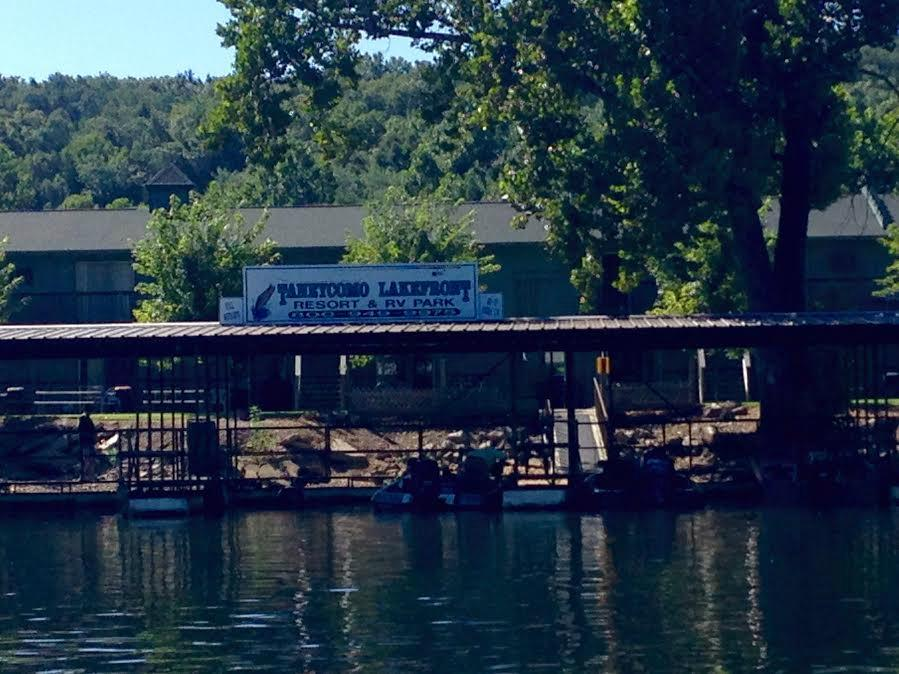 Taneycomo Lakefront Resort and RV Park