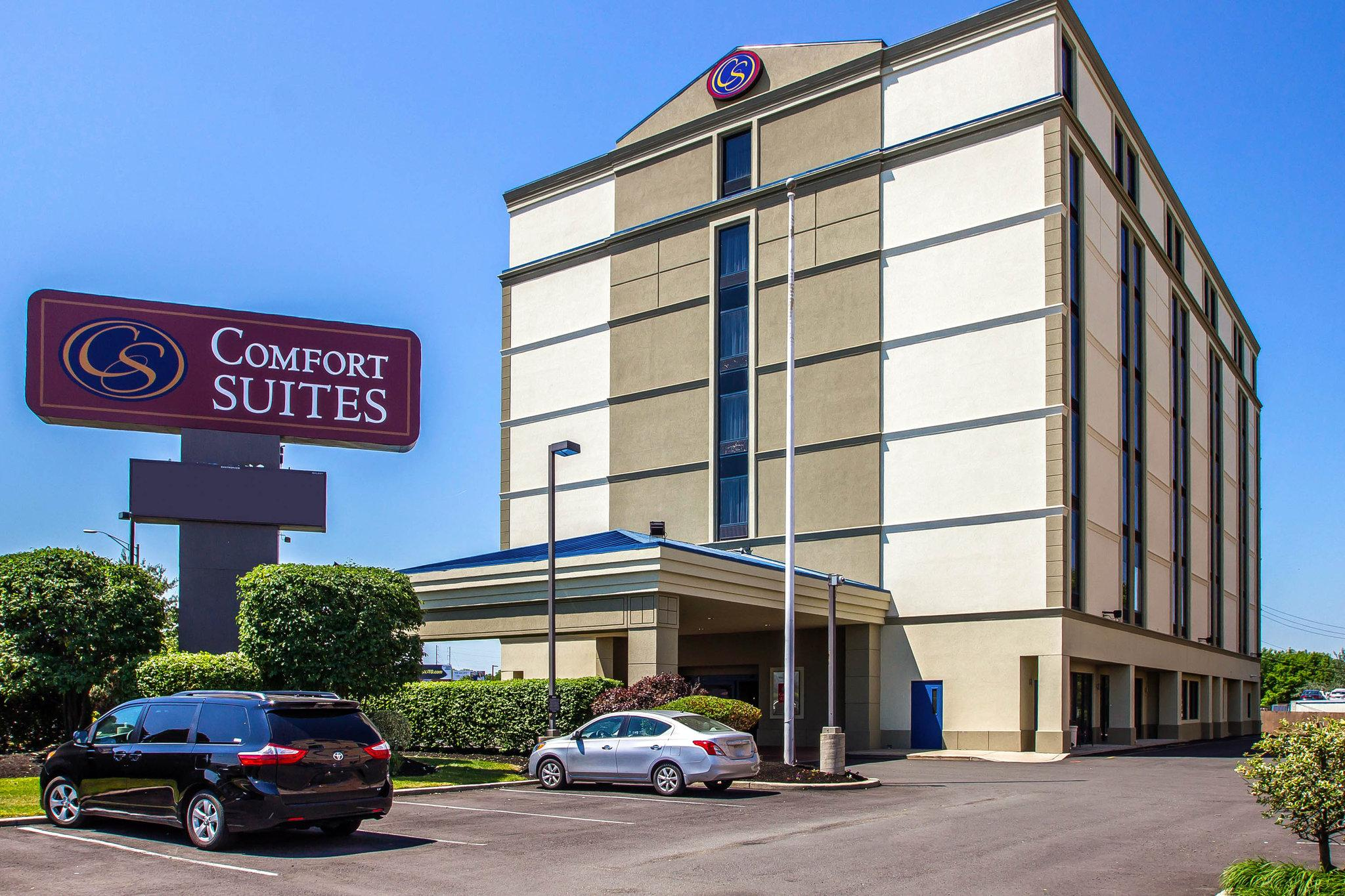 Comfort Suites at Woodbridge