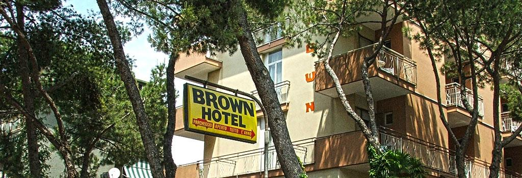 Hotel Brown