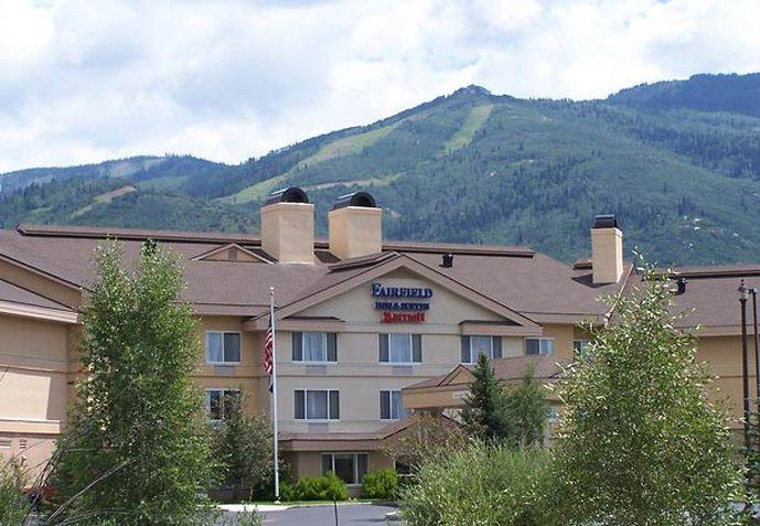 ‪Fairfield Inn & Suites Steamboat Springs‬
