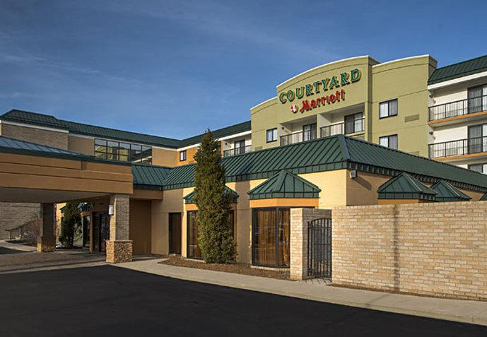 ‪Courtyard by Marriott Cleveland Beachwood‬