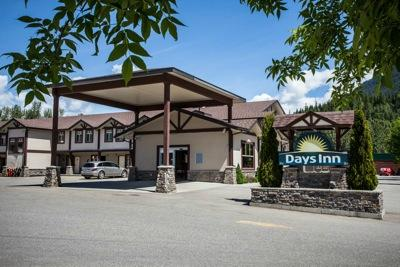 Days Inn & Suites Revelstoke