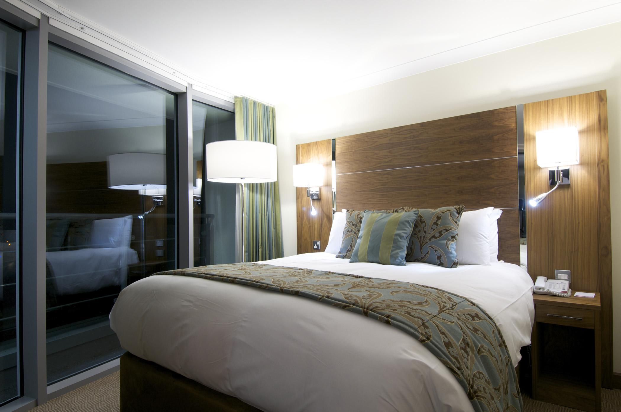Bliss Hotel Southport Trademark Collection by Wyndham | Promenade Southport, Southport PR9 0DZ | +44 1704 51622