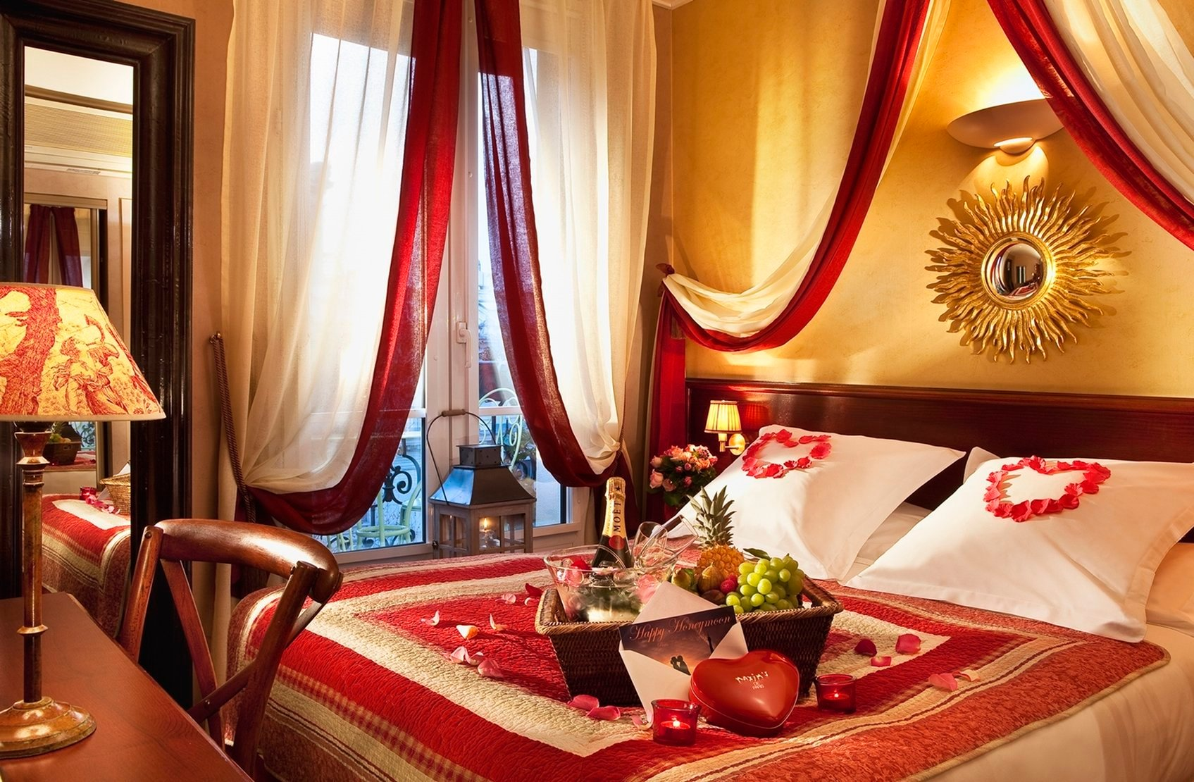 Romantic Getaways  Trips Couples Spa Days Date Nights