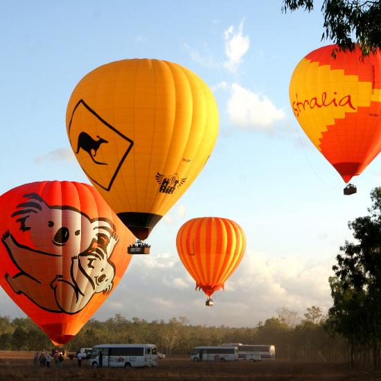 Hot Air Ballooning | Rydges Plaza Cairns