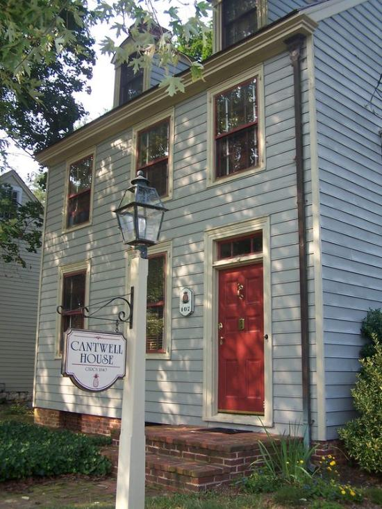 Cantwell House Bed and Breakfast