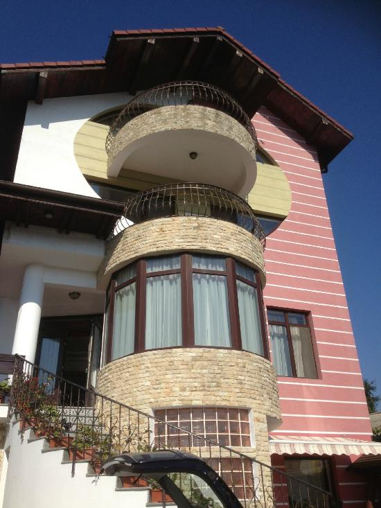 Ibis Tours Guesthouse