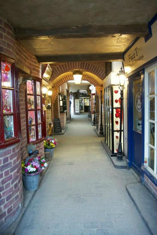 The Olde Watermill Shopping Village (Barton-le-Clay ...