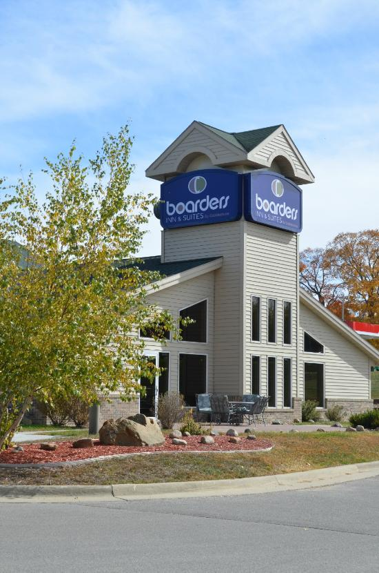 Boarders Inn and Suites Fayette