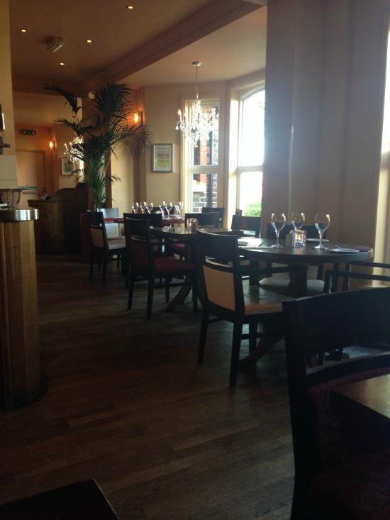 107 dining room heswall restaurant reviews phone for Dining room 107 offers