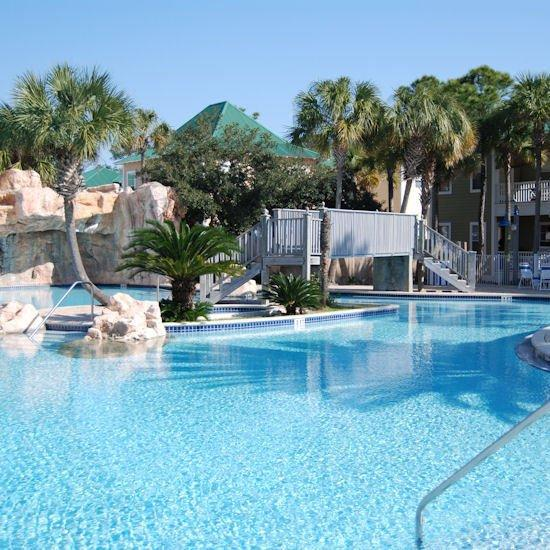 Perdido Key Hotels: Purple Parrot Village Resort (Perdido Key, FL