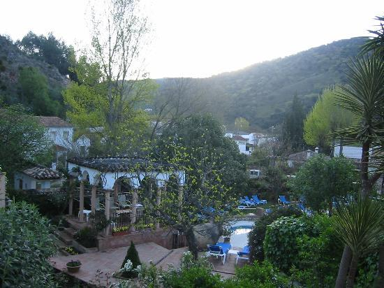 Our 39 private 39 pool picture of molino del santo benaojan for Garden oases pool entrance