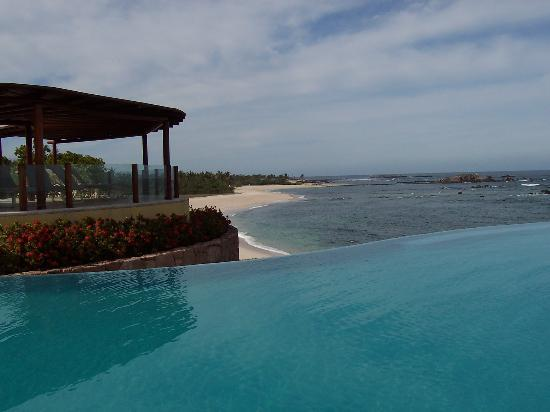 Four Seasons Punta Mita: Pool during the day