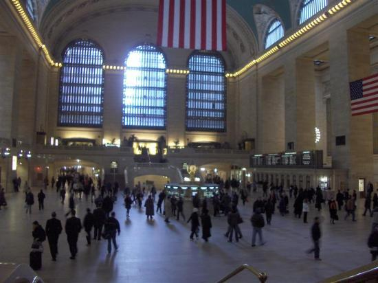 how to get to grand central from jfk