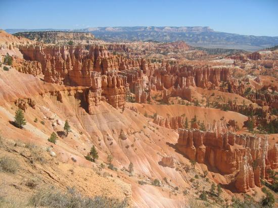 Bryce canyon lodge cabin outside picture of bryce canyon for Bryce canyon cabine occidentali