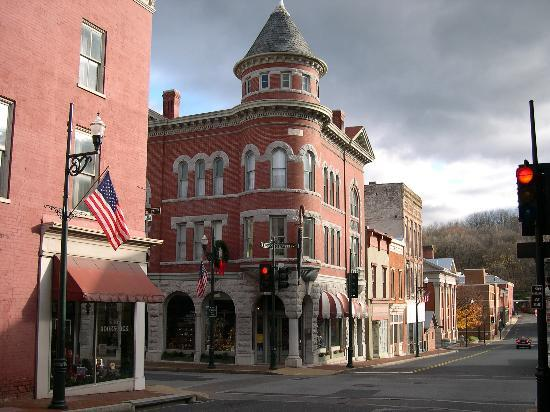 Staunton, VA: Walking distance to downtown