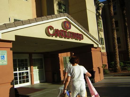 Candlewood Suites Las Vegas: Candlewood suites Entrance