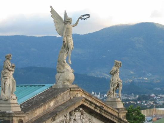 San Jose, Costa Rica: Teatro Nacional and mtn. view in backgraound