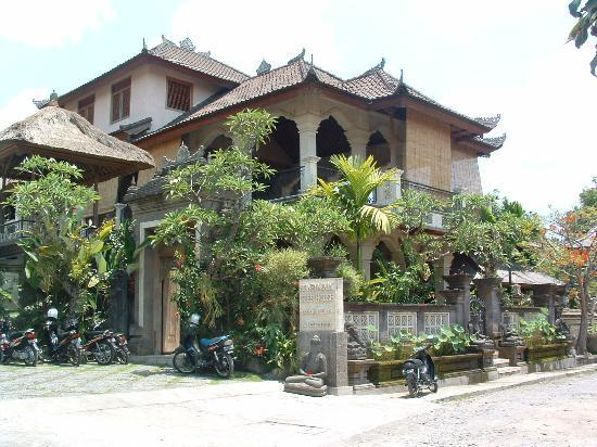 Honeymoon Guesthouses: Honeymoon Guesthouse Ubud- front