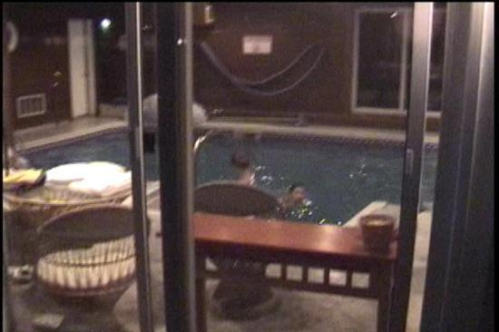 Rodeway Inn Saco: View of the pool from outside (lifted from my camcorder)
