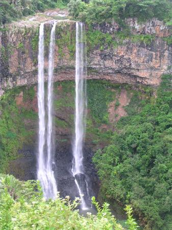 LUX Le Morne: Chamerel Waterfalls