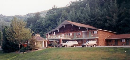 Mountain Villa Motor Lodge