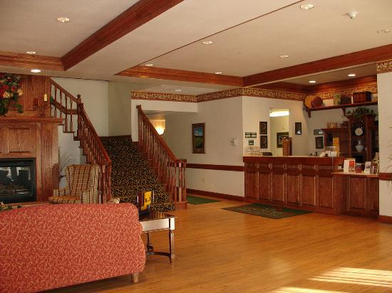 Country Inn & Suites By Carlson, Billings, MT: lobby