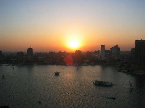 Four Seasons Hotel Cairo at Nile Plaza: Facing View from 20 th floor