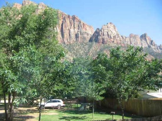 Quality Inn at Zion Park: View from Patio