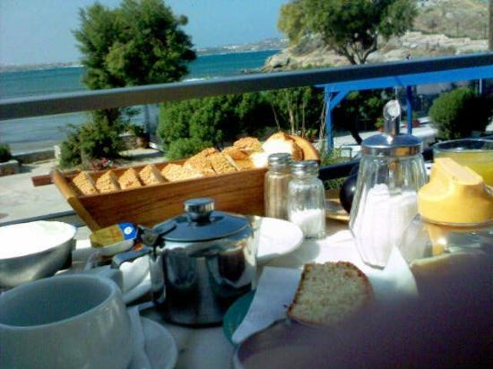 Boutique Hotel Glaros: Breakfast on the balcony...
