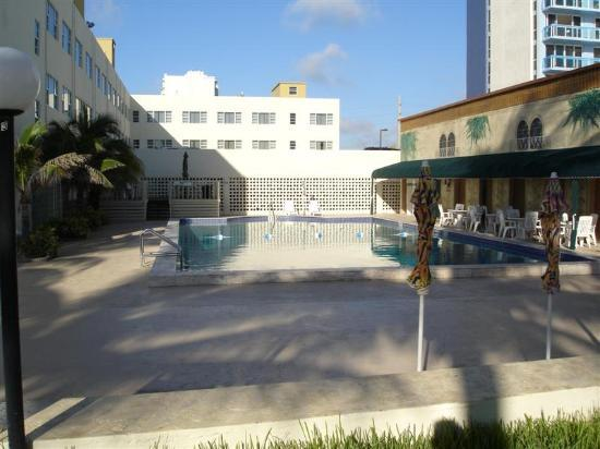 Photo of Golden Sands Hotel Miami Beach