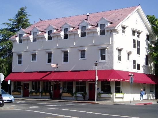 Sonoma Hotel: A pic of the hotel!