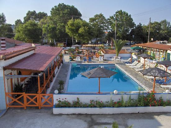 Photo of Roulla Apartments Skiathos