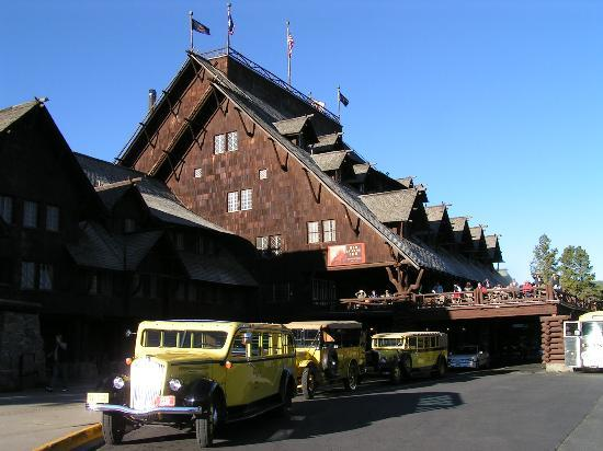 Photo of Old Faithful Inn Yellowstone National Park