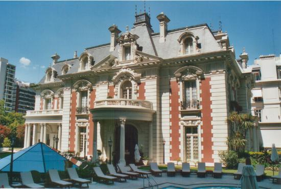 Four Seasons Hotel Buenos Aires: Four Seasons BA Mansion and Pool