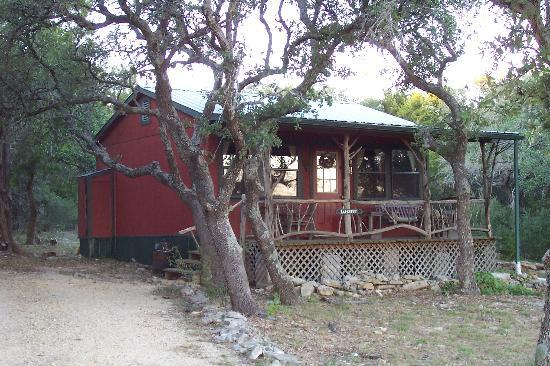 Highpoint Manor Inn: One of the many private cottages